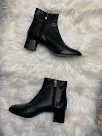 New Black leather booties size 8 Toronto, M4V 1P7
