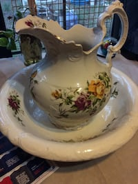 White and yellow floral ceramic pitcher Lecanto, 34461