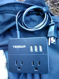 Tessan 5ft extension USB and outlet splitter. Bremerton, 98312