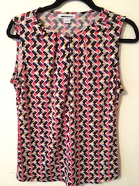 women's pink and black sleeveless top 256 mi