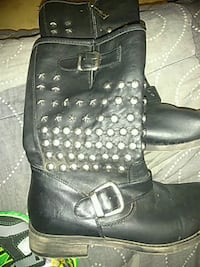 pair of black leather boots Stockton, 95205