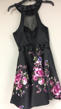 black and pink floral sleeveless dress Mississauga, L5M 4G6