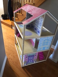 Doll house Vaughan, L6A 3M8