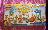 Brand new Play-Doh Town 3 in 1 car center West Haven, 06516