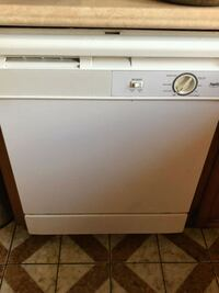 Dishwasher Whirlpool  Windsor, N9G 1A1