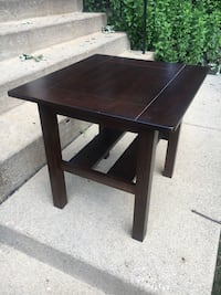 square brown wooden side table Elgin, 60123
