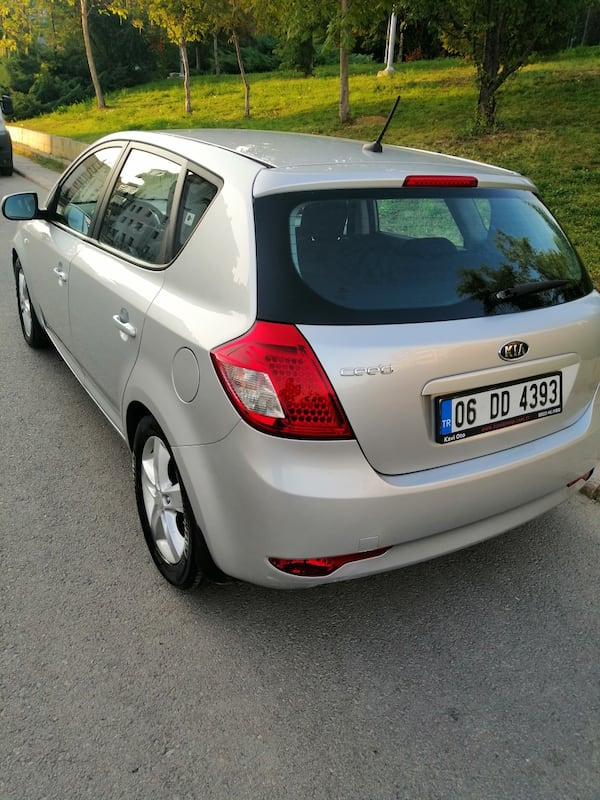 SON FİYAT... 2011 Kia Ceed 1.6 EX DSL 5 DR CONCEPT AT SR 128 PS 0