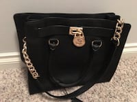 Michael Kors black leather purse  Edmonton, T6N 1M5