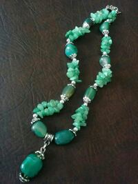 Agate stone necklace (2 colours ) Vaughan, L6A 3P3