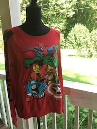red and black floral long-sleeved shirt Soddy Daisy, 37379
