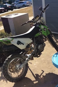 Asking 950, lowest is 800 !!!!!! Pls don't try and offer anything lower! Klx 125 up for trade or sell . Looking to trade up to a 2 stroke 85 and up Laurel, 20723