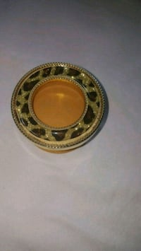 Bath & Body Works Black and Gold Cheetah Scentportable Car Visor Clip Severn