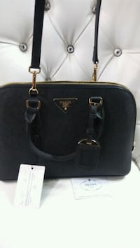 Black pure leather Prada tote bag Mississauga, L5W 1P1