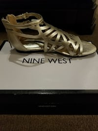 Nine west gold flats Springfield, 22153