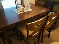Pub style dining table w/4 chairs top condition Largo, 33770