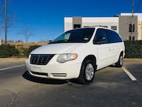 Chrysler - Town and Country - 2007 Broadlands, 20148