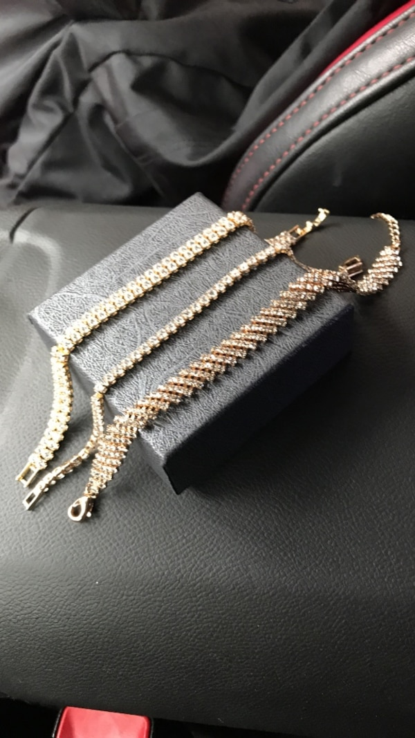 Women's glass diamond gold plated braclets