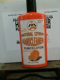 Natural Citrus hand cleaner Pumas lotion