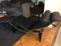 Corbusier Lounger just 5 years old Toronto, M4N 2A2