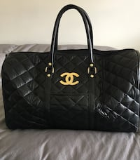quilted black Chanel leather tote bag Hampstead, H3X 3G3