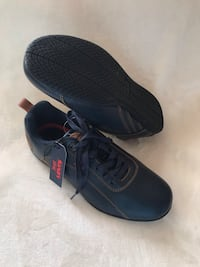 Levi's men's shoes - 9.5 Kensington, 20895