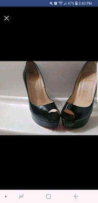 pair of black leather peep-toe heeled shoes Lincolnton, 28092
