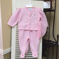 New Girl outfit, sizes size 3/6 months . Woodbridge, 22191