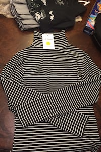 Long sleeved stripped turtle neck  Richmond Hill, L4E 2M3