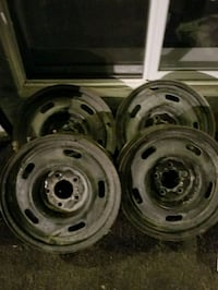 two gray bullet hole car wheels Clarence-Rockland, K4K 1C1