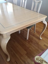 Solid wood table Laval, H7W 4G3