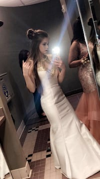 Long white and gold prom dress  New Iberia, 70560