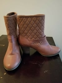 BOOTS SIZE 10 District of Columbia