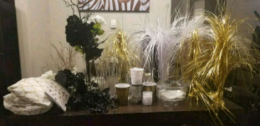 black and white and gold parry decor 93526860-41df-4783-9171-d68095817675