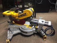 Dewalt 12 inch double beveled compound mitre Surrey, V3W 0V7
