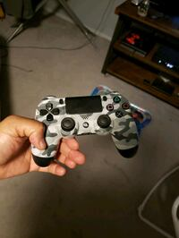 Ps4 controller  North Plainfield, 07062
