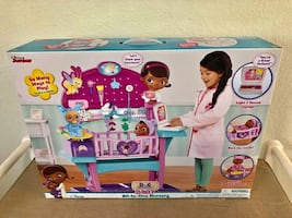 Doc McStuffins All-in-One Nursery ** NEW IN BOX **