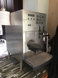 gray and black home appliance