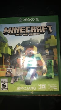Minecraft Xbox One game case St Catharines, L2S 3T1