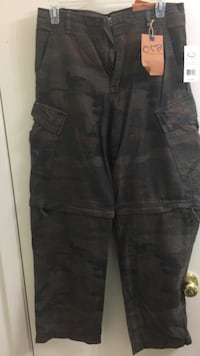 black and brown camouflage cargo pants Sugar Land, 77479