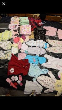 Baby girl clothes 0-3 months. Used in good condition.  Oklahoma City, 73160