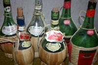 6 Empty Vintage Chianti Bottles (Price Reduced) Châteauguay