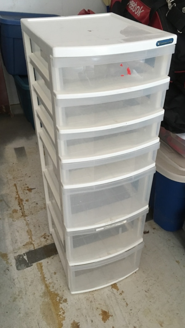7 drawer plastic storage tower