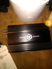 Brand new car amp paid 220.00 never used it Kennewick, 99337