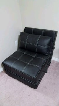 Lounge chair $180 FIRM Edmonton, T5K 2G5