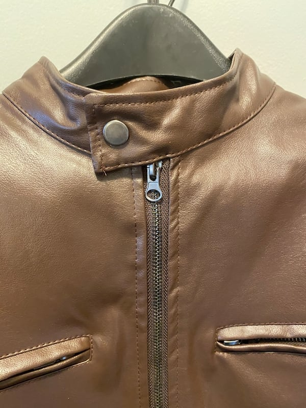 Special Men's XL fall or spring brown motorcycle jacket 9512401c-d974-4a4c-9d27-787d66a8a40d