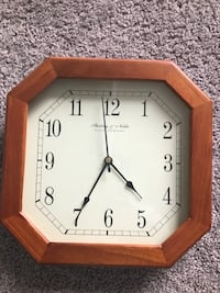 Two clocks in excellent condition Jessup, 20794