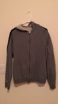 Men's Medium hooded sweater  Union City, 94536