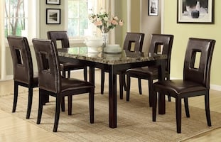 BRAND NEW BROWN FAUX MARBLE TABLE AND 6 CHAIRS