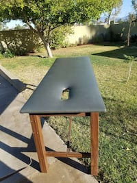 Massage Physical therapy table..good condition