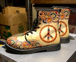 Funky PEACE Boots